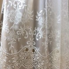 Ivory Guipure Border Lace