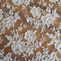 28. French Vintage Lace, White & Ivory